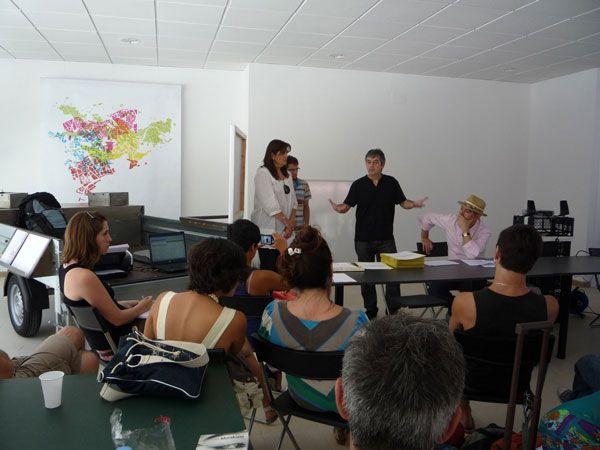 Inauguración del taller con Immaculada Sans, concejala de cultura del Ayuntamiento de Calaf